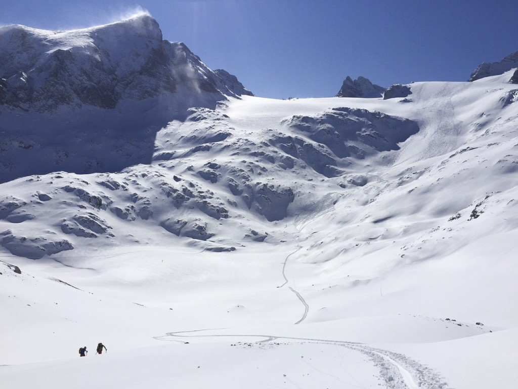 dachstein-skitour-alpenverein-liezen-dachsteinquerung-bikefex-pedalritterinnen-1