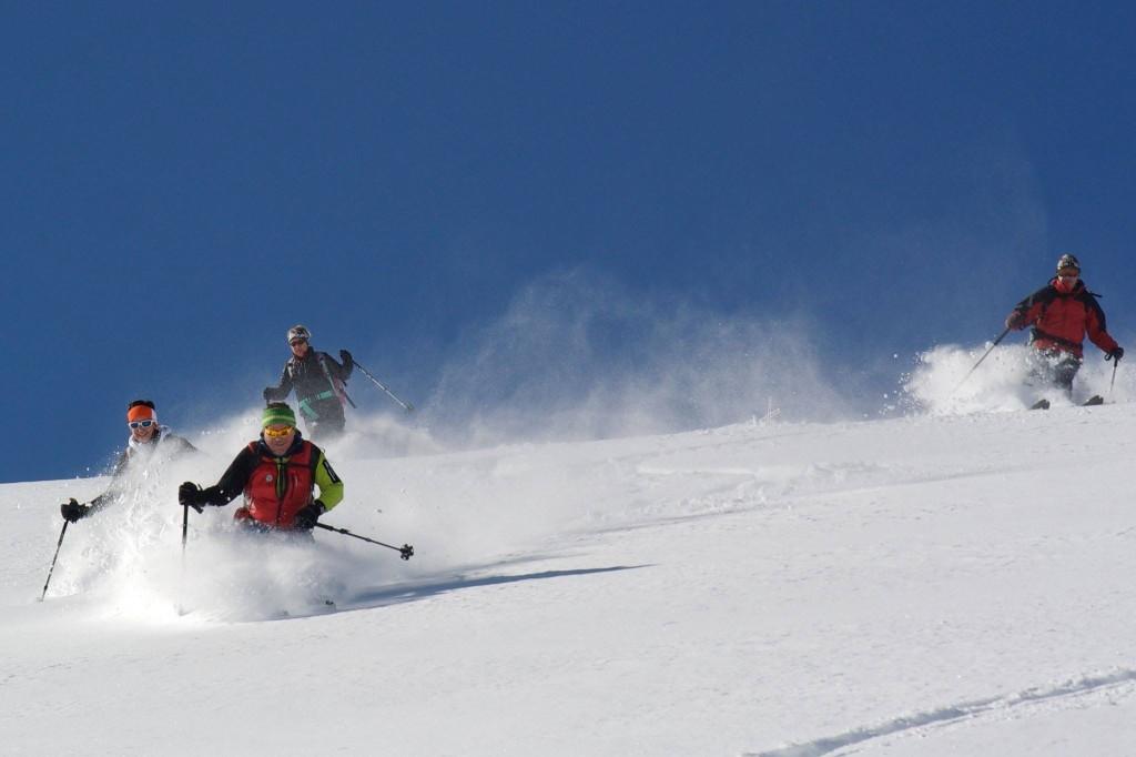 dachstein-skitour-alpenverein-liezen-dachsteinquerung-bikefex-pedalritterinnen-paul-sodamin-2