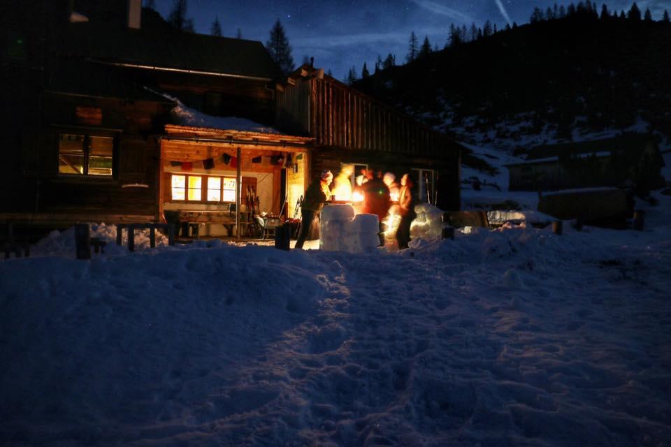 hochmoelbinghuette-woerschach-totesgebirge-schneebar-winter-david-schuster