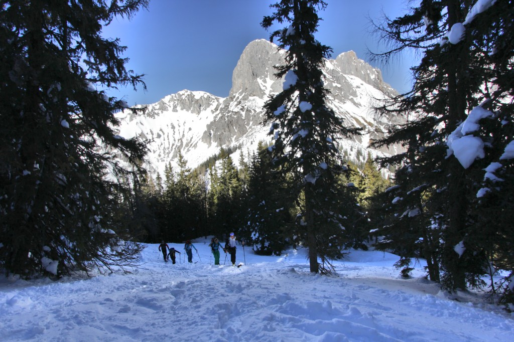 lahngangparty-skitour-lahngangkogel-fasching-skitour-steiermark-admont-trieben-bikefex-pedalritterinnen_9376