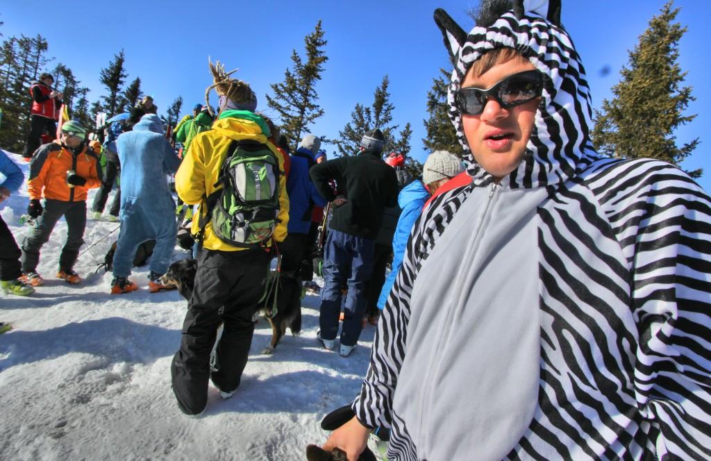 lahngangparty-skitour-lahngangkogel-fasching-skitour-steiermark-admont-trieben-bikefex-pedalritterinnen_9462